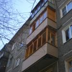 балкон деревянный