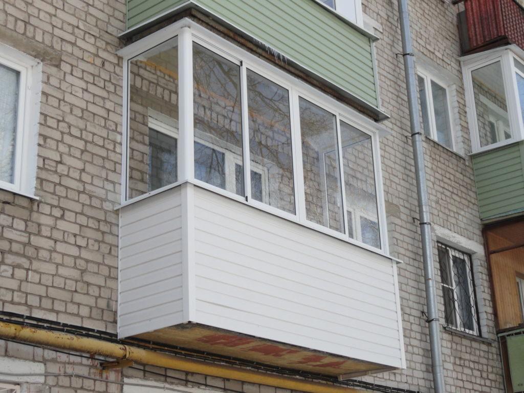 Балкон с алюминиевым остеклением