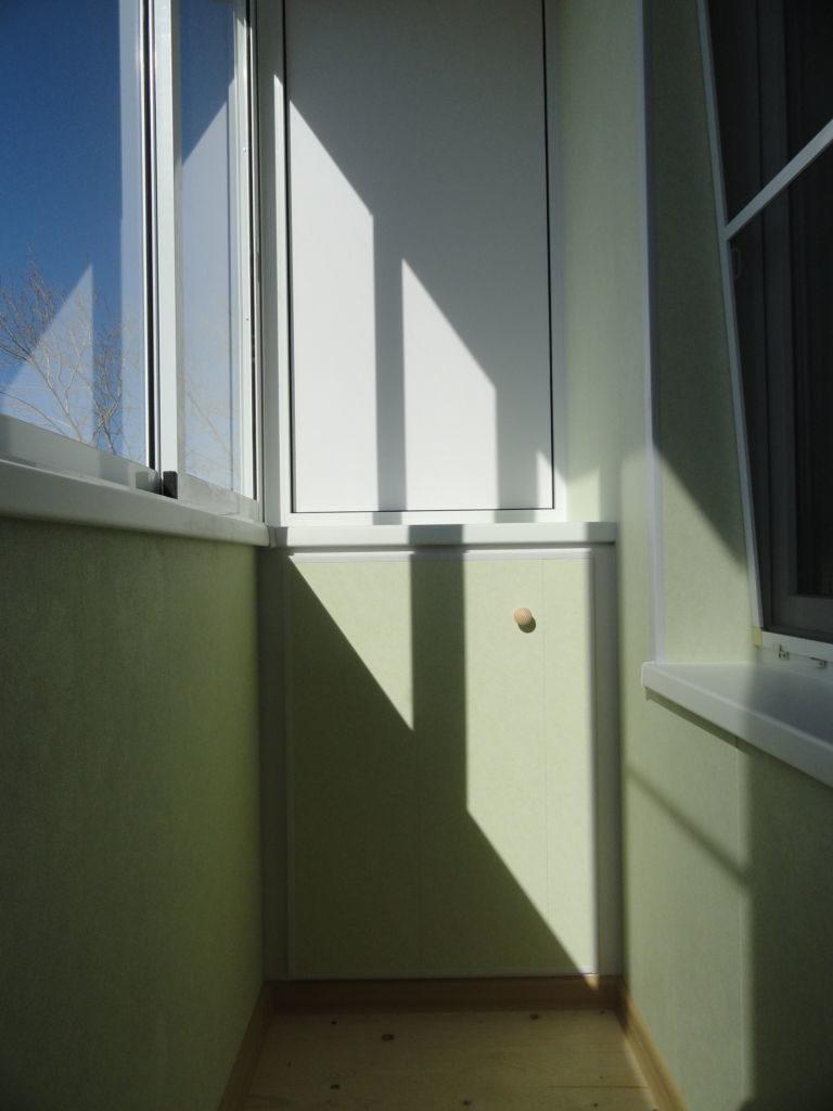 Отделка балкона ламинированными панелями